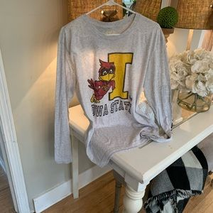 Vintage Iowa State long sleeve t shirt!! Large